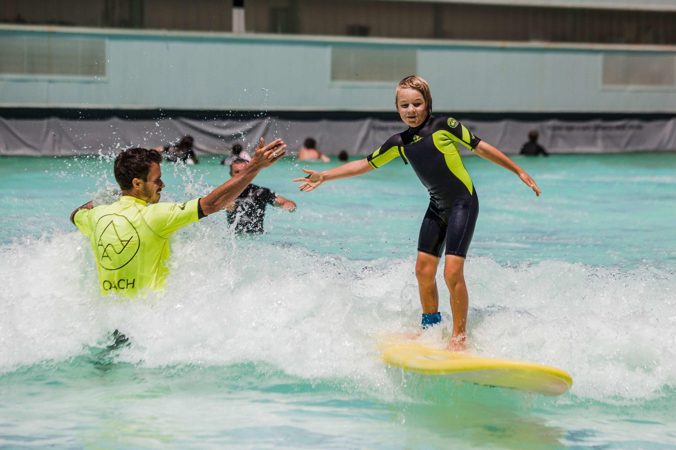 Alaïa Bay - Surf School